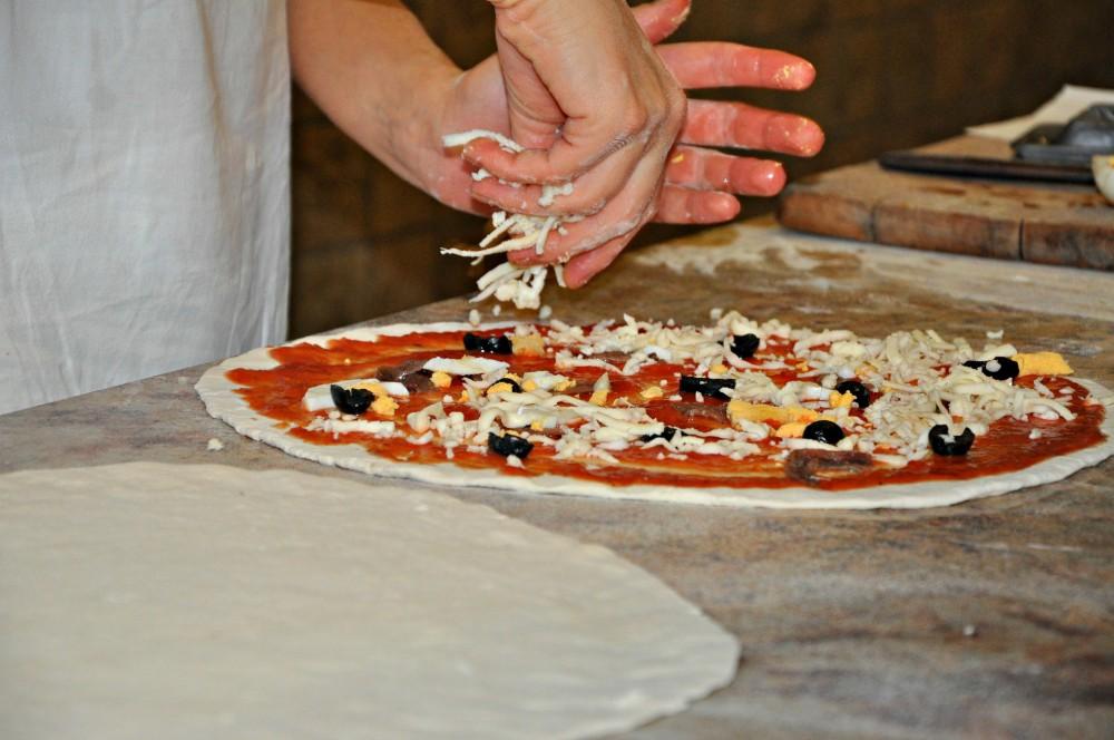 Pizza richtig belegen