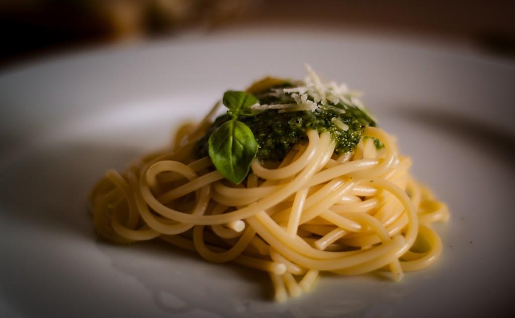 Spaghetti Basilikum Pesto