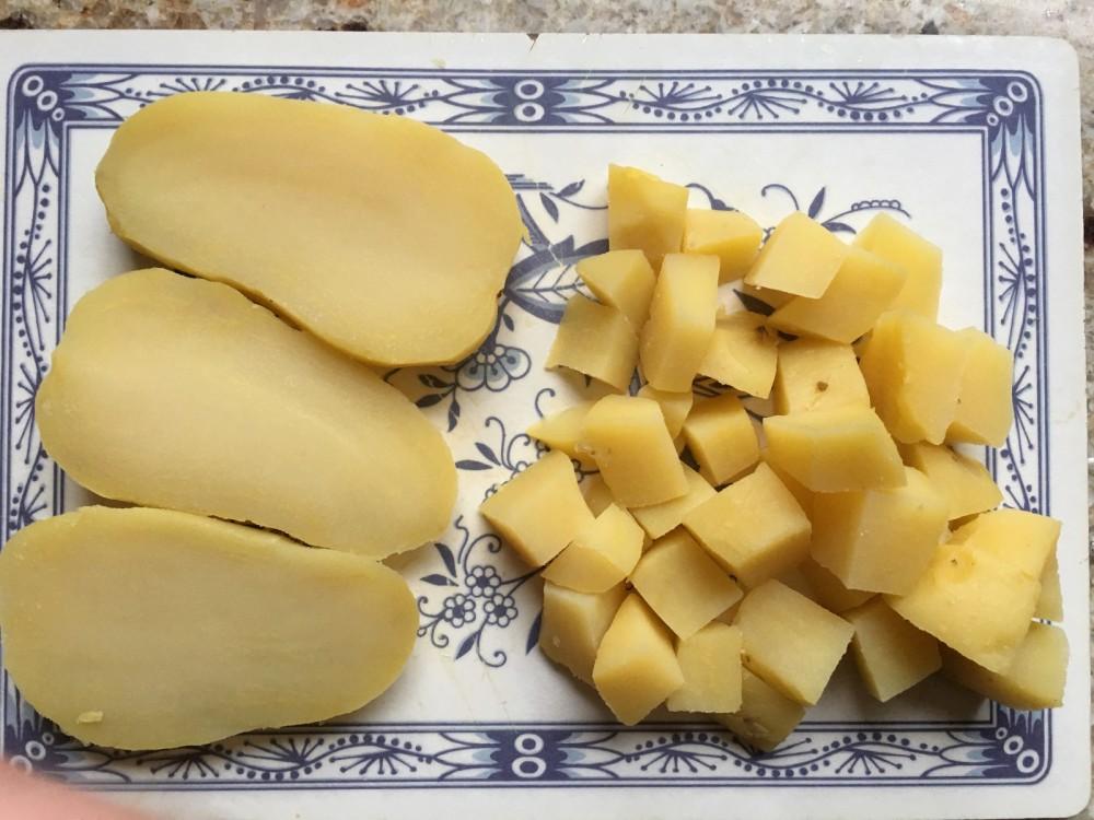 Bratkartoffeln richtig schneiden
