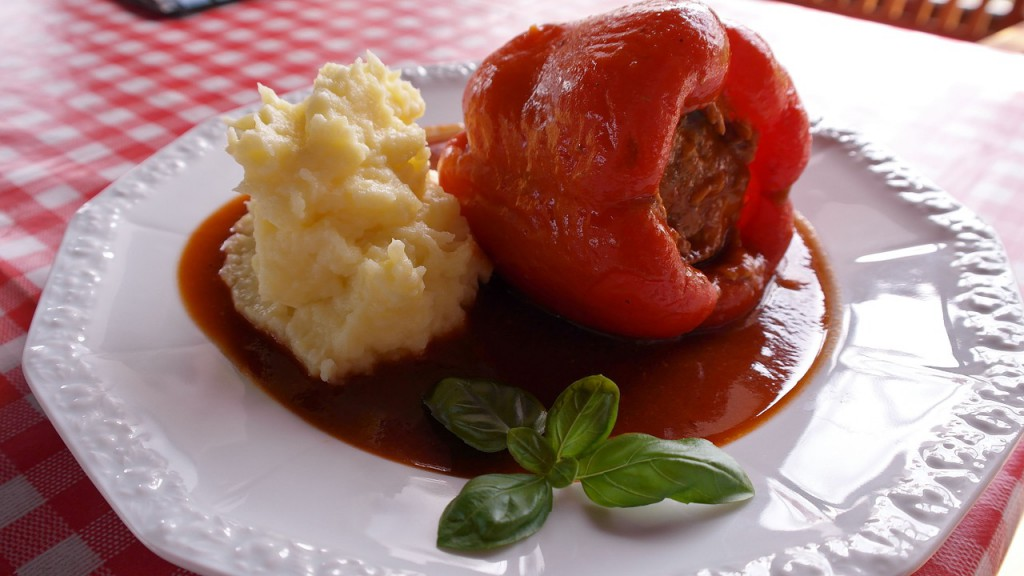 Gefüllte Paprika mit Kartoffelpüree