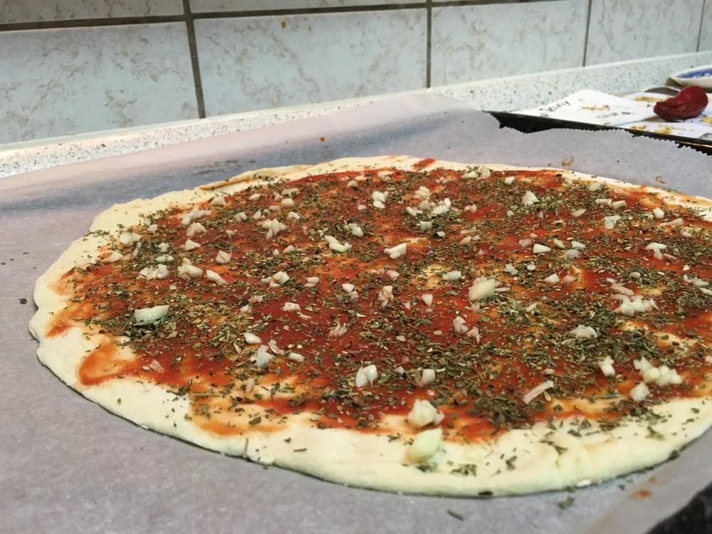 Pizza Knoblauch