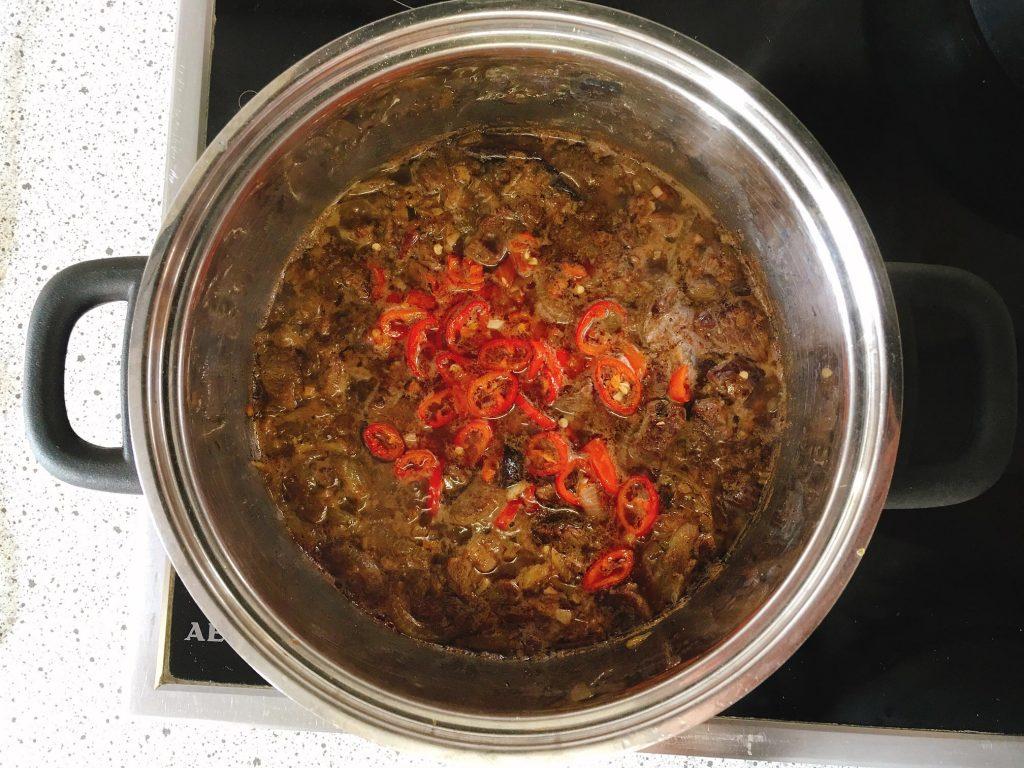 Chili con Carne schmoren