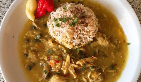 Indisches Hühnerfrikassee mit Curry Madras