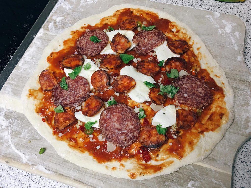 Pizza Diavola Belag