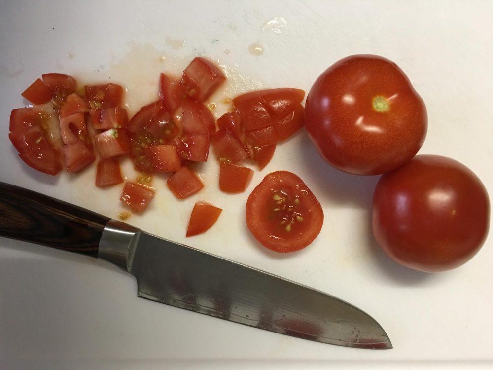 Tomaten schneiden