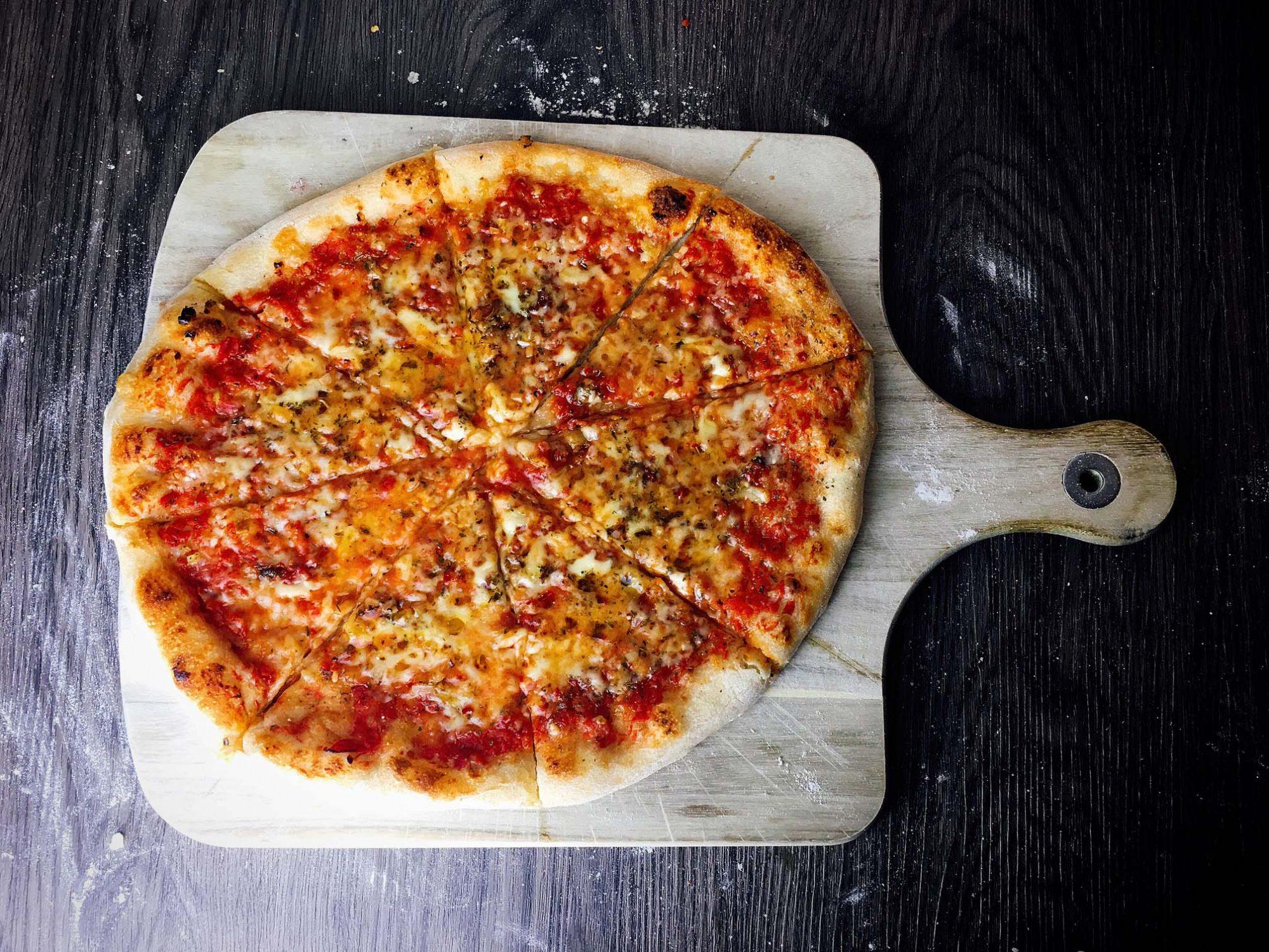 Pizza Scharf