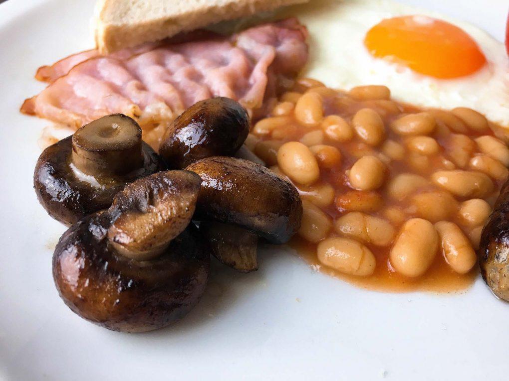 Englisches Frühstück Pilze