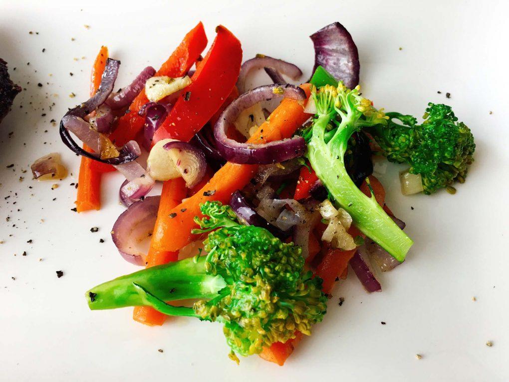 Buntes Gemüse aus der Pfanne
