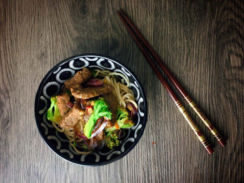 Teriyaki Rindfleisch mit Brokkoli