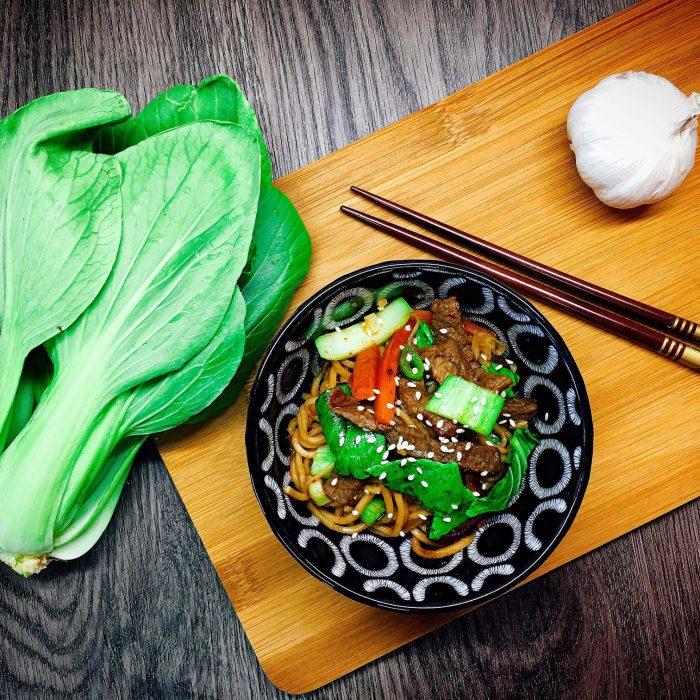 Pak Choi Wok mit mariniertem Rindfleisch