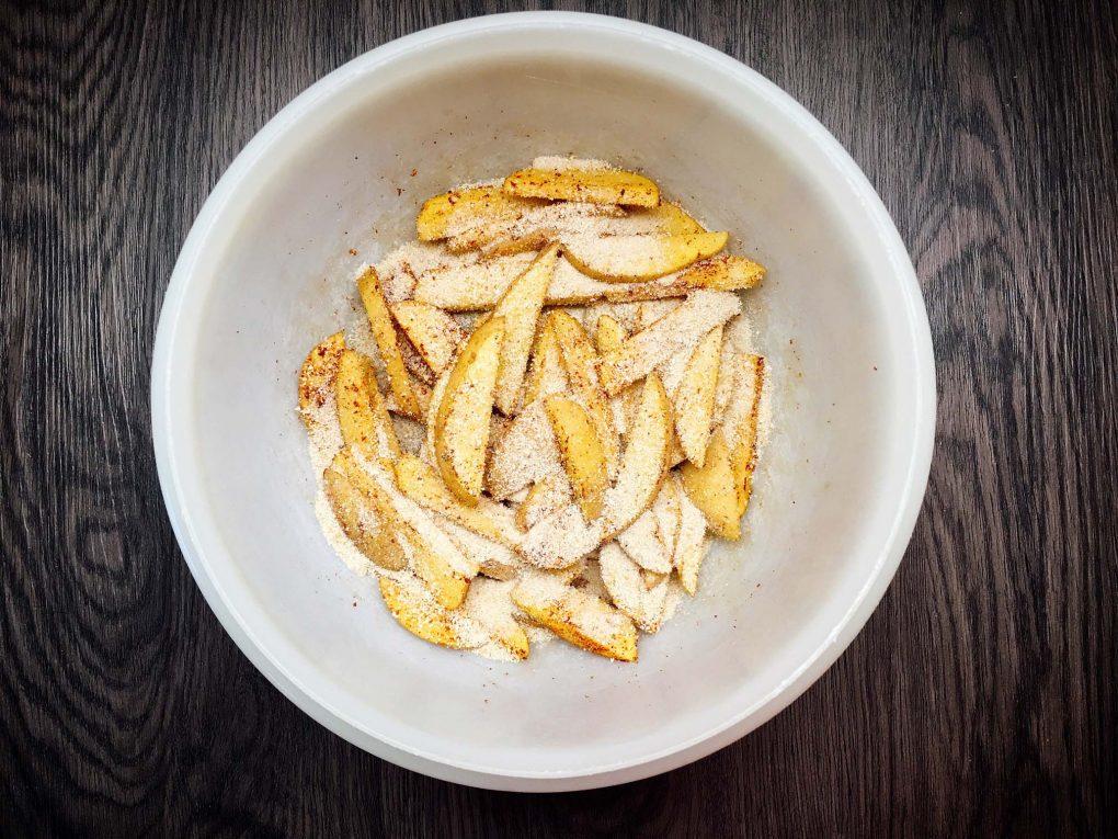 Pommes mit Maiskruste